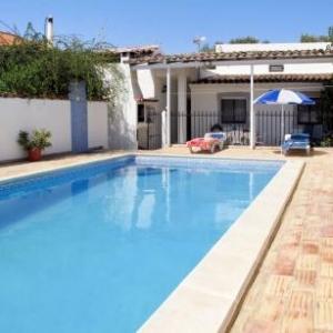 Ferienhaus mit Pool (SBD106) vakantiehuis