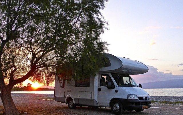Op reis met een tweedehands camper: de manier van vakantie vieren die geschikt is voor alle leeftijden